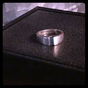 James Avery retired collectible ring-PRICE REDUCED